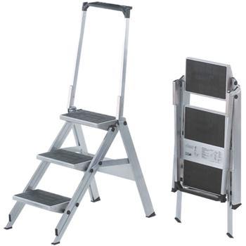 Sicherheitstreppe 3-stufig mit Sicherheitsbügel