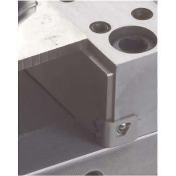 Anklip-Unterlagenleisten zum Anklippen an die Stuf enbacken (Höhe = 15 mm)