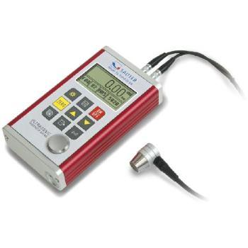 Ultraschall-Materialdickenmessgerät / 0,75 - 300 m